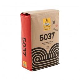 Farina petra 5037 (12.5Kg)